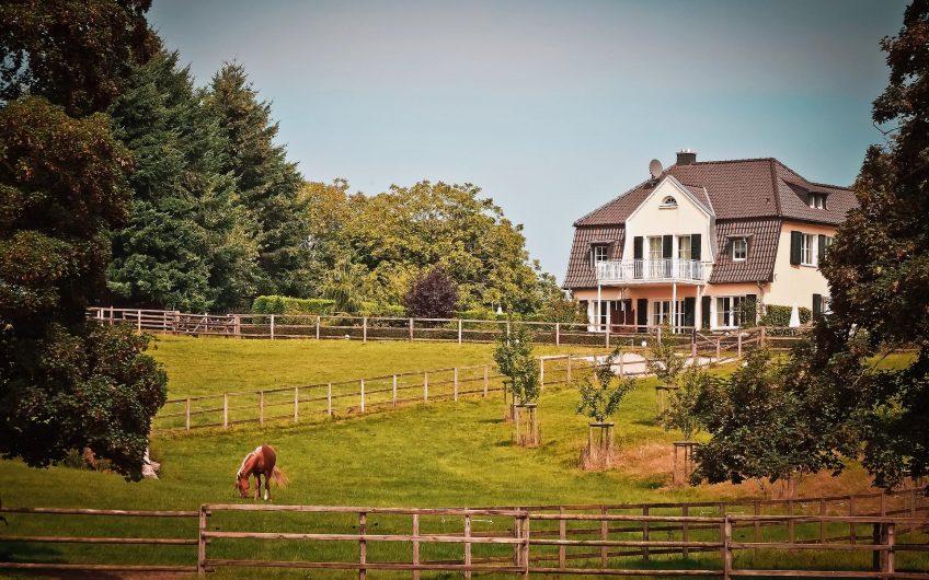 Modern ranch farmhouse